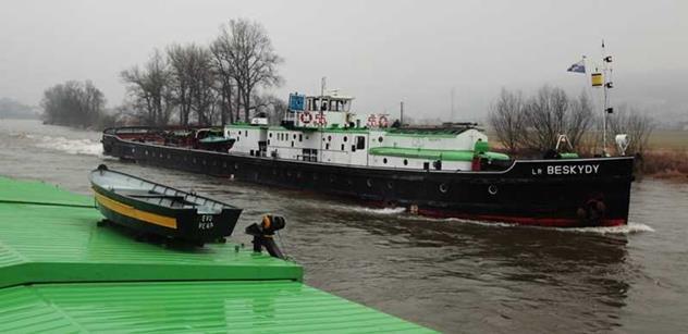 Smysl kanálu Dunaj, Odra, Labe má prokázat studie za 25 mil. Kč