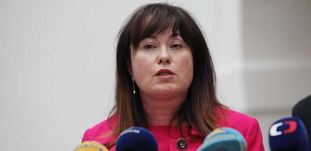 Marková (KSČM): Ministrovi zdravotnictví nestačí být jen slušný. Musí také něco umět
