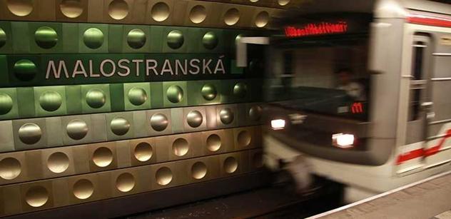 Dnes začala výluka v metru. Lidé jsou zmatení