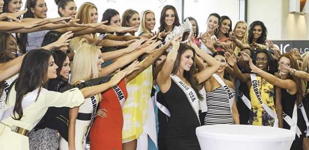 Olivia Jordan se stala Miss USA 2015, zbrusu novou korunku české výroby dodala DIC