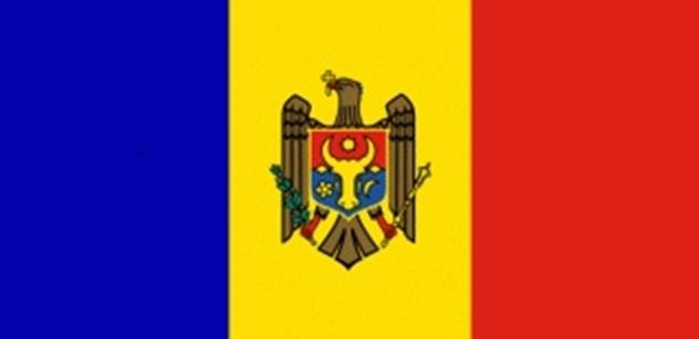 Vyvěsit, nebo sundat? V Moldavsku zuří boj o vlajku Evropské unie