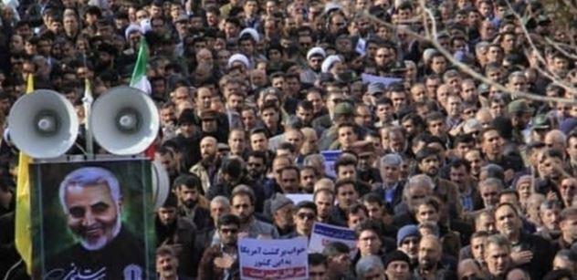 USA versus Írán: Je zle? Český plukovník řekl, na co se prý máme připravit