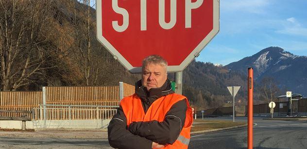 Stop šikaně motoristů! Viděl, jak Hřibova Praha zatápí autům. Začal jim to vracet. A má první úspěch