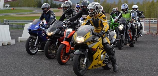 Autodrom rozšířil služby, motocyklistům nabízí tlumiče a tlumicí vložky do výfuku
