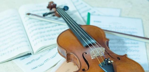 """Orchestr, který nepustili do Číny, zahraje americkému velvyslanci. Bude to prý mít """"vyšší princip"""""""