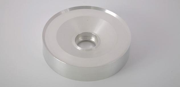 SAFINA, a.s. vyrábí stříbrné targety pro fasádní sklo se zrny menšími než 20 mikronů