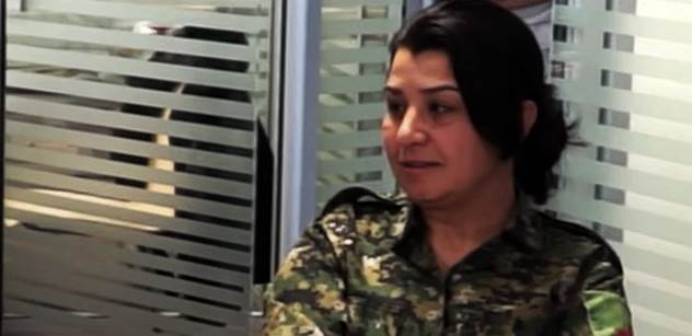 """""""Zrůdy"""" z Islámského státu mezi uprchlíky jsou, našli jsme pasy a občanky... Drsné vyprávění přední kurdské bojovnice i jasné varování pro Evropu"""