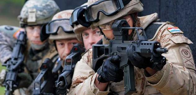 Generál Pavel burcuje NATO: Rusům se nesmí ustupovat. Teď můžeme ukázat, že jsme silní