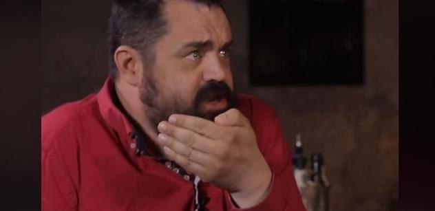 Zm*d, za tohle kulka, psal Pavel Novotný o Ondráčkovi z KSČM. A na policii řekl: Mám erekci při představě, že bude odsouzen za cestu na Donbas