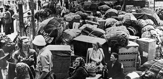 400 tisíc Čechů vidělo: Černí Afričané, Rumuni a Cikáni obsazují domy. Vezmou si, co chtějí. A to hrozí i nám