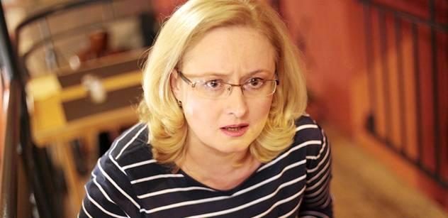 Emma Smetana, dcera Moniky Pajerové, milovala Evropskou unii a pořád ji tlačila do zpráv. Po jejím útoku na zpravodajství TV Nova se ozval bývalý kolega