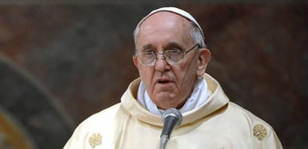 Papež varoval: Pozor, nastoluje se neviditelná tyranie. A nastínil cestu, jak z toho ven