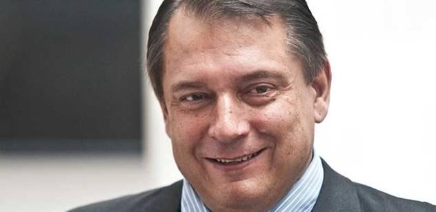 ČSNS 2005 vyloučila předsedu a bude spolupracovat s Paroubkem