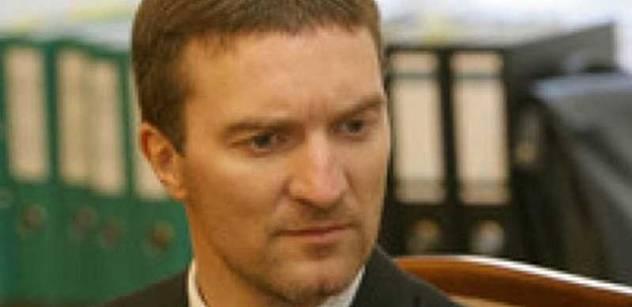 Odvolací soud o rok snížil trest Pitrovi za daňové úniky
