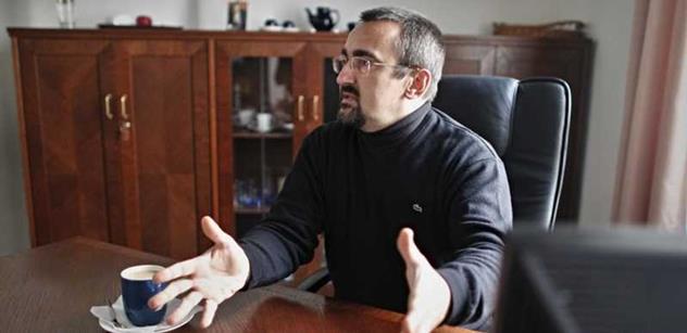 Biolog a europoslanec ČSSD o Babišových kšeftech místo inovací. Může to prý být podobný průšvih jako fotovoltaika