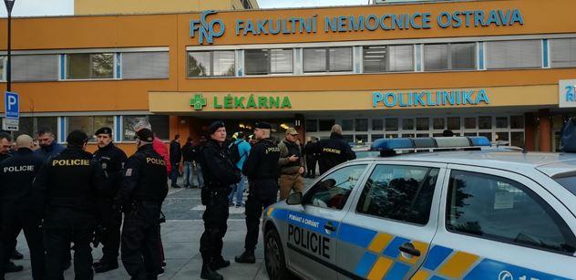Řádění střelce v ostravské nemocnici má sedmou oběť. Žena podlehla zraněním