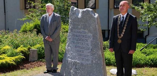 V Příbrami byl odhalen pomník židovským obětem holokaustu