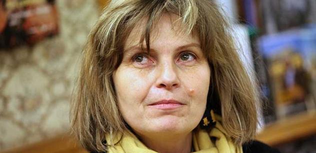 Novinářka Procházková k Ukrajině: Někdo na demonstrace nosí klíče, jiný tyče. Hlavně nenechat zemi Putinovi