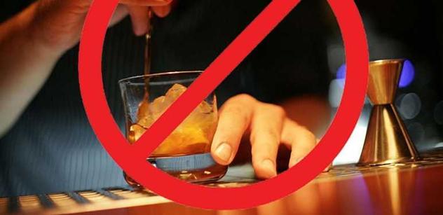 Česká televize reklamu na alkohol stáhla a radí se. Ostatní televize vyčkávají