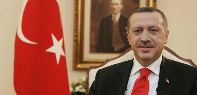 Útok Turecka? Erdogan hrozil dlouho. Je vůdce. Zradil Trump? Počkejte. A věc s uprchlíky