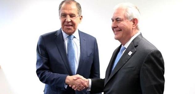 Blb a idiot. Chemický vrah. Agrese USA. Mají na rukách krev. Návrat studené války. Někomu už rupnou nervy a zmáčkne ten knoflík... Babiš, kníže či Filip promluvili o Trumpovi, Putinovi a Asadovi