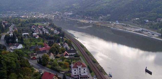 Na Labi a Vltavě vyrůstají nová úvaziště pro policejní lodě