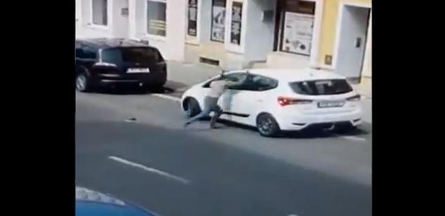 "Běžný postup. ""Český Floyd"": Primátor Teplic vynesl jasná fakta"