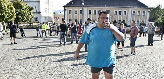 Střelec v Tanvaldu byl napaden. Policie vyloučila vraždu Roma