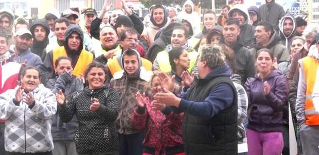 Češi, ubližujete Romům a ženám. Odpověď: Američani, starejte se o sebe