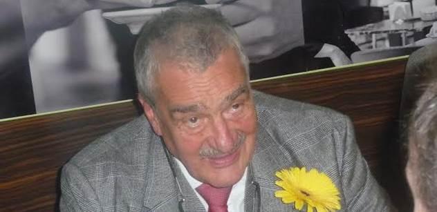 Schwarzenberg přijel povzbudit své TOPkaře na Liberecko. Dostal životabudič, ochutnal pivo, besedoval se studenty