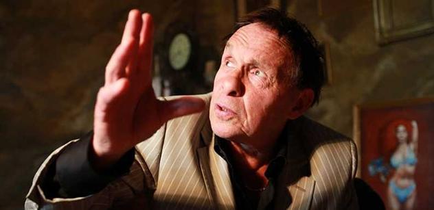 """""""V době, kdy už byl Havel impotentní a seděla u něj milenka, mu zavolala Dáša. A on jí řekl…"""" Jan Saudek beze strachu popisuje, o čem se veřejně ani nepípne"""