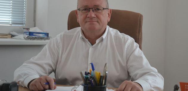 Senátor a šéf nemocnice: Ruská vakcína už v běhu. Někteří to radši nikdy nepřiznají. Jsme připraveni, ale nakažených je teď více