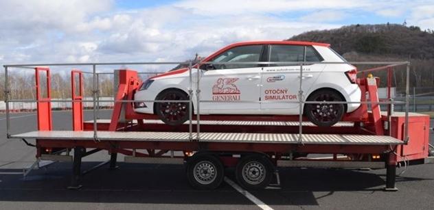 Autodrom Most: V simulátoru autodromu se otáčí nová Škoda Fabia