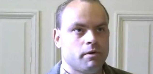 Smetanu čeká soud kvůli vyhýbání se vězení. Jde se na demonstraci