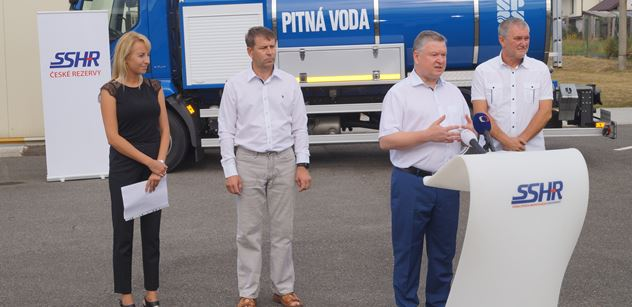 Správa státních hmotných rezerv: Brífink k extrémnímu suchu ve skladu v Čachovicích