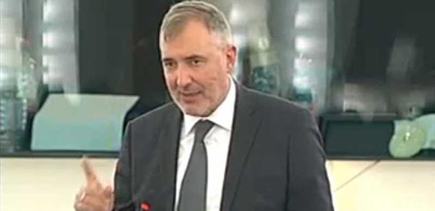Rakouský poslanec Stadler: Češi po válce spáchali genocidu, zabili čtvrt milionu lidi
