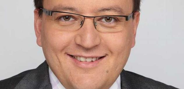 Ministr Staněk předal ve Washingtonu České filharmonii cenu Antonína Dvořáka