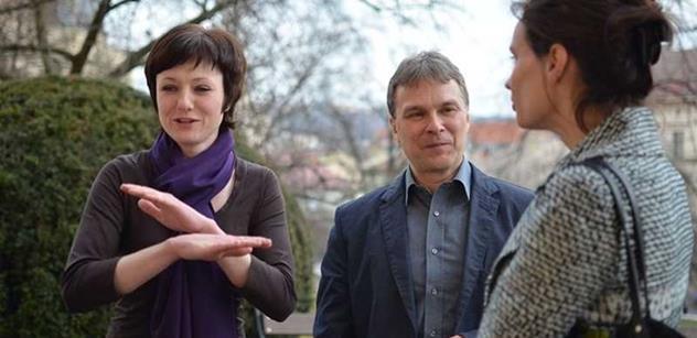 SMLOUVA Pražský starosta ODS zaplatil kampaň za dva miliony z radničního rozpočtu