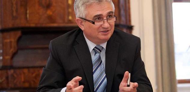 Šéf senátu Štěch zapochyboval o zdraví Miloše Zemana. Zde je důvod