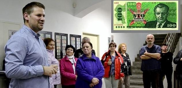 """Až euro pohřbí korunu… Sběratel radí, do čeho investovat 30 let po Sametu. Pamatujete bony či """"spornou bankovku"""" z roku 89?"""