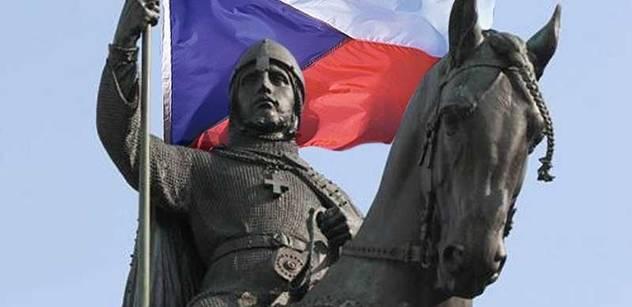 Rusové v tancích rozrajtují jiným jejich zemi. Historik Kosatík, autor seriálu o českém století, obsáhle rozebral, co je k tomu vede