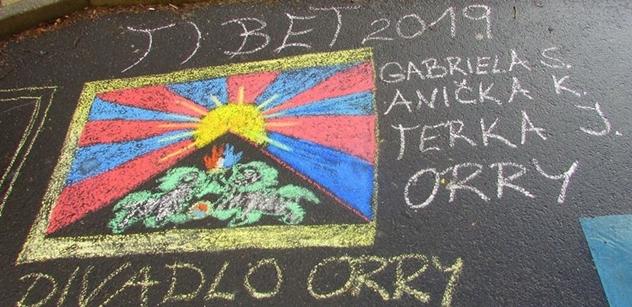 Co by udělal Kubera? V Teplicích se topkař domáhal vyvěšení tibetské vlajky, nakonec to dopadlo zcela jinak