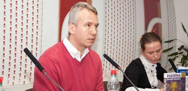 Tomáš Klvaňa: Přistěhovalci by neměli mít právo na běžné sociální dávky. Azylanti, kteří dlouhodobě nepracují, by měli být vypovězeni