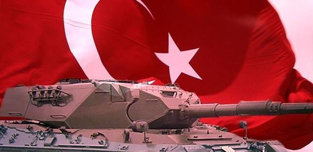 Rabování obchodů, vybírání bankomatů... I to se prý dělo během pokusu o převrat v Turecku