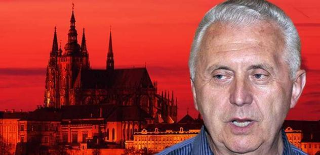 I rudý generál Vacek odmítl, že by stál o Hrad. V této zemi již ne