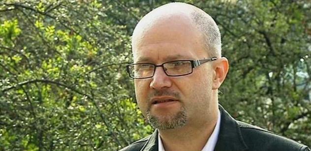 Vacek už nechce být ministrem, Peake musí najít jiného kandidáta