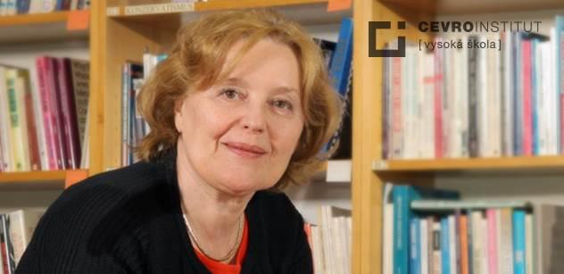 """Magda Vášáryová pro PL: Rusko, atomová velmoc a přitom ekonomický """"trpajzlík"""", je hrozbou pro svět. Putin využívá pitomce. Lidé, kteří schvalovali ploty s elektřinou, teď asi nebudou vítat uprchlíky"""