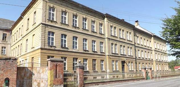 Úřad pro zastupování státu ve věcech majetkových prodává kněžský seminář ve Vidnavě