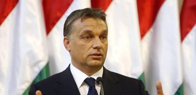 VIDEO Šíří se drsný projev Viktora Orbána. Česky