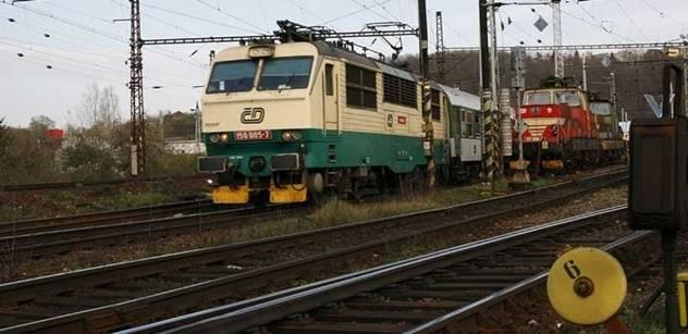 Pro Československo byla klíčová železnice, postupně se ale přešlo na silnice